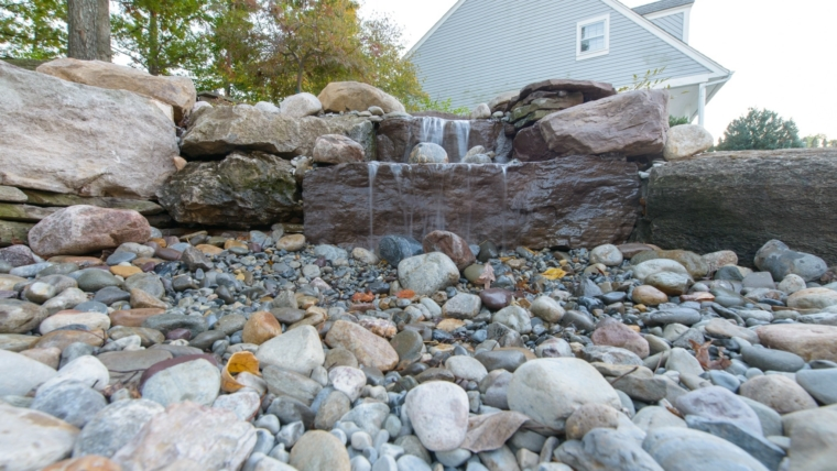 Low-Maintenance Landscaping: Tips for Spectacular Landscape Design on a Tight Schedule